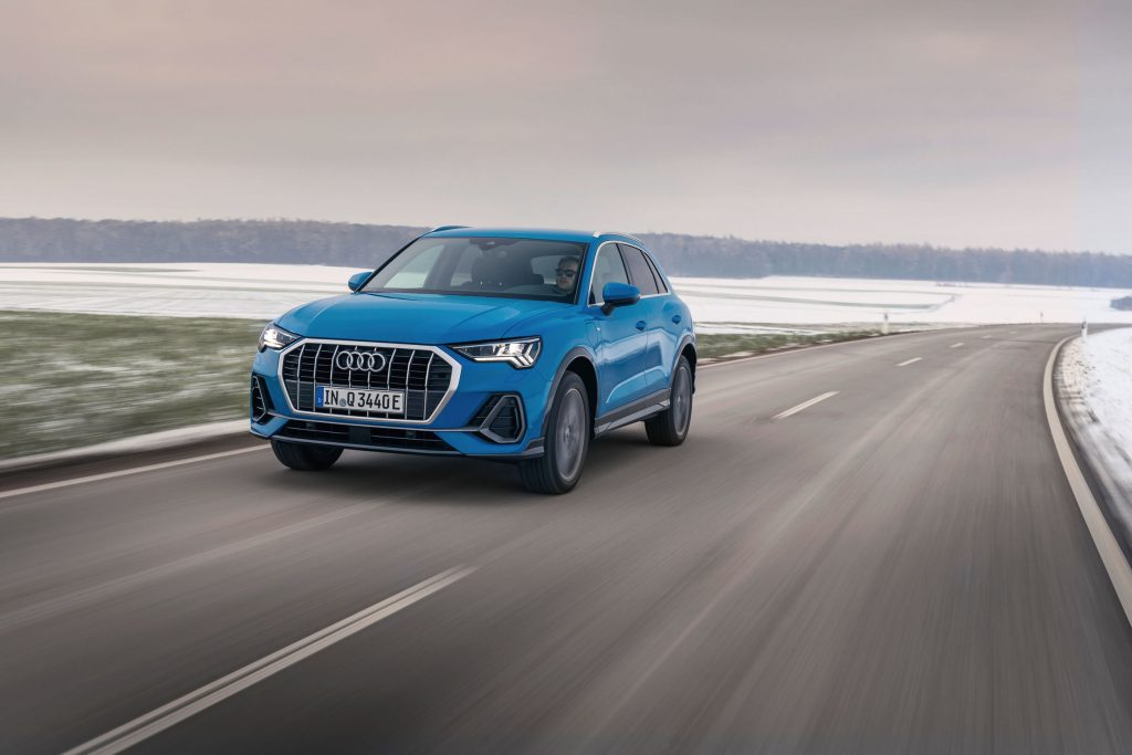 Audi Q3 tesi e plug-in hybrid dinamica