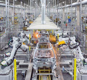 """Le Volvo saranno elettriche nel cuore e di idrogeno per la pelle con l'acciaio """"verde"""""""