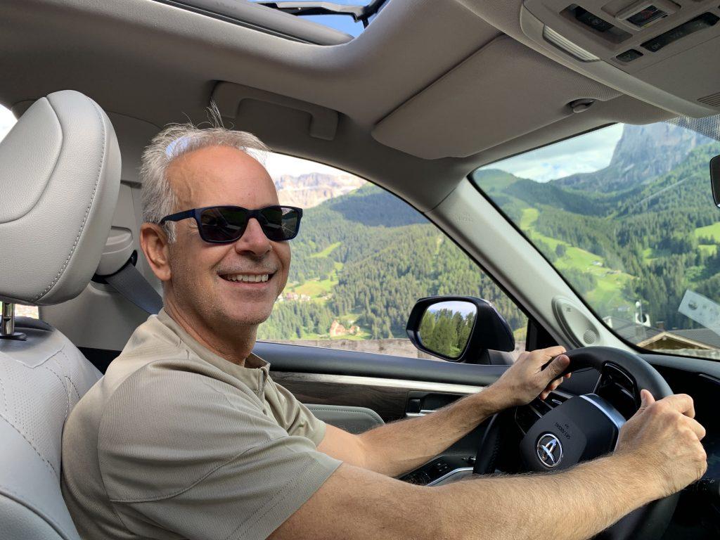 Fabio Orecchini guida Toyota Highlander Hybrid