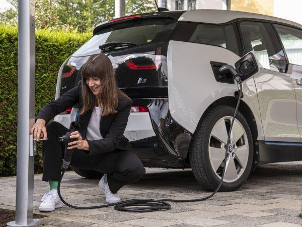 Bosch smart charging cable presa schuko